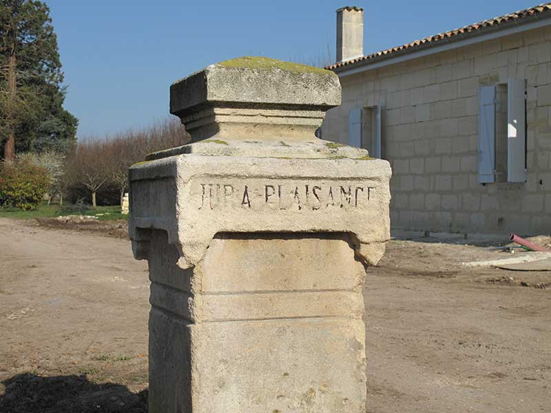 Entrée de la propriété de Jura-Plaisance